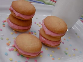 Strawberry-Cream Cheese Sandwich Cookies